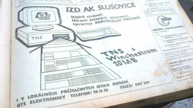 inzerát JZD Slušovice na osobní počítač.